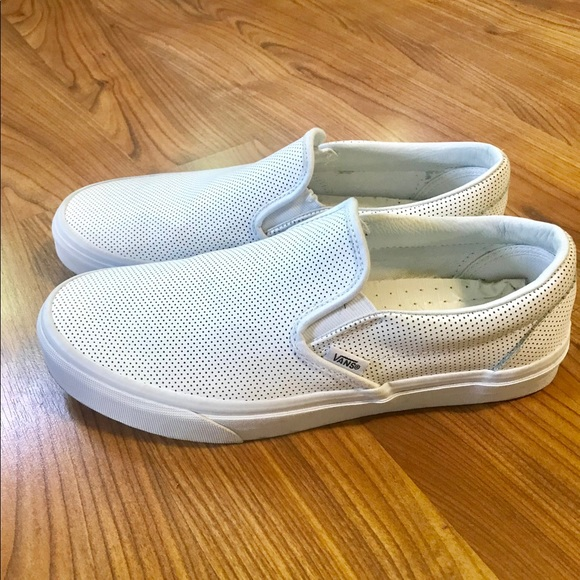Vans Shoes   Vans Asher White Leather